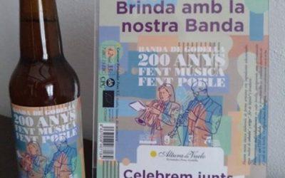 Ja disponible l'edició especial de la cervesa de Fernández Pons pel bicentenari de la banda del Casino